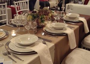 Faux Silk Tablecloths with Everst Setting