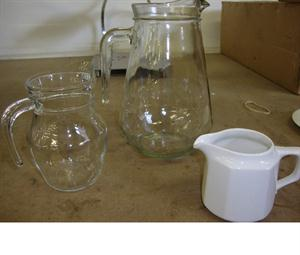 Jugs -1.3l - 500ml - 250ml white jug