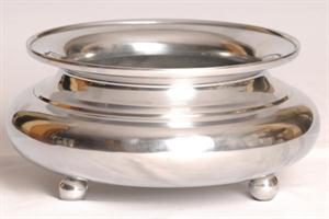 silver-rose-bowl-with-feet