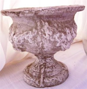 stone-urn-24-5cm-high-27cm-wide