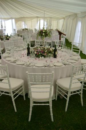 White Tiffany Set up