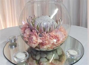 Rose lily vase with protea